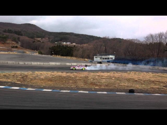 高画質版 2013D1GP開幕直前EXEDY R Magic D1 Racing 【 ピンク6号 】ガルル☆まついエビステス124