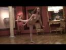 Красивый танец голой девушки. Видео. Не порно, не секс. Красивая эротика. Сиски грудь попка блондинка брюнетка няша рыжая
