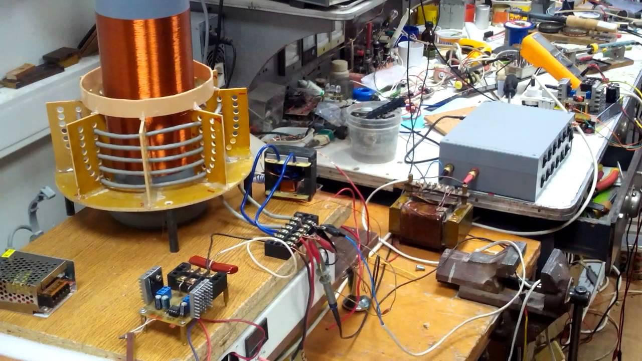 Что такое трансформатор напряжения на конденсаторе?