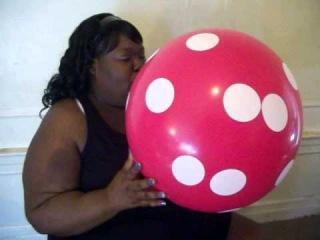 SSBBW Lakrush Hearts HOT Red Balloon Blow Job