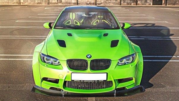 Наверное самая крутая тройка #BMW в СНГ! 650 сил, обвес Liberty Walk, диски Ifor...