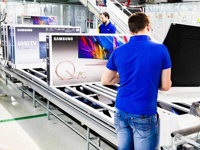 Калужский завод Самсунг запустил линию QLED-телевизоров