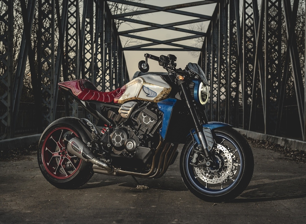 Кастом-конкурс Honda CB1000R на Пиренейском полуострове