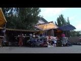 13.08.14. Донецк, центральный рынок. Ukraine: les marchés de Donetsk n'ont plus de clients