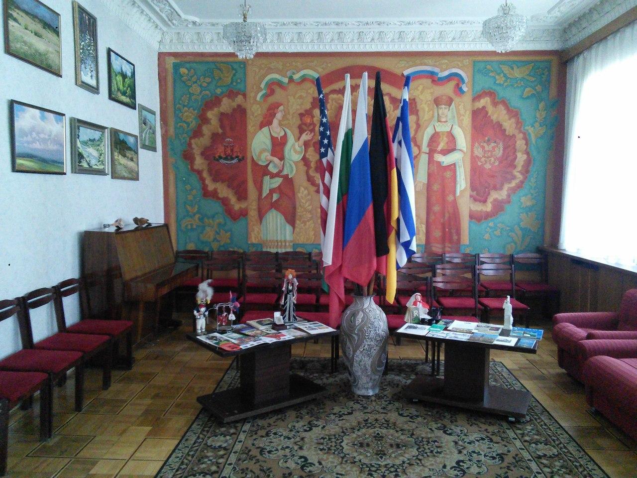 Дом Дружбы изнутри. Выставка для журналистов.