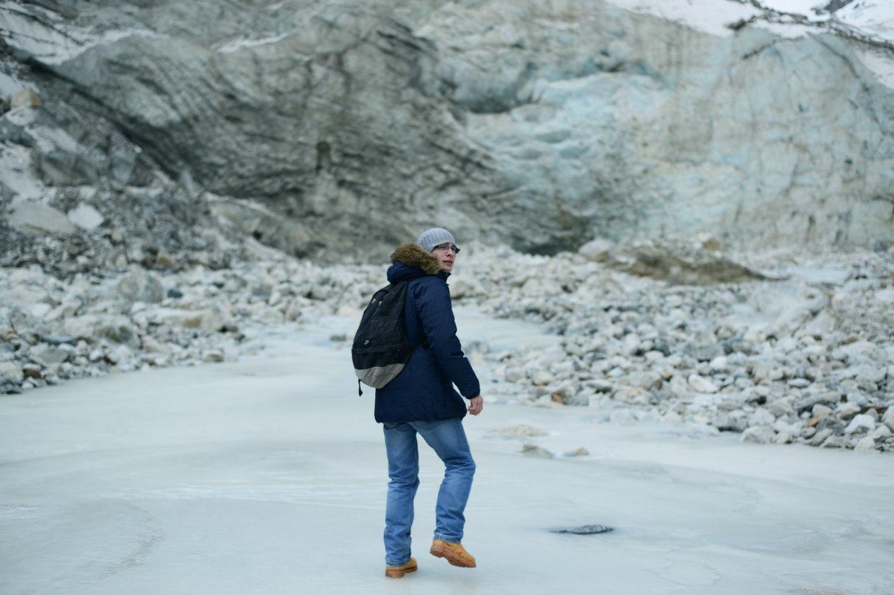 на ледник