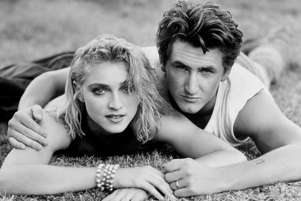 Драки, измены, скандалы: самые НЕромантичные отношения звезд Они красивы, популярны и влюблены, но… Далеко не всем звездным парам можно позавидовать. Некоторые романы знаменитостей вызывают у