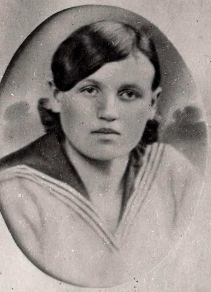 3 августа 1942 года погибла Лисицына Анна Михайловна - партизанка, связная Центр...