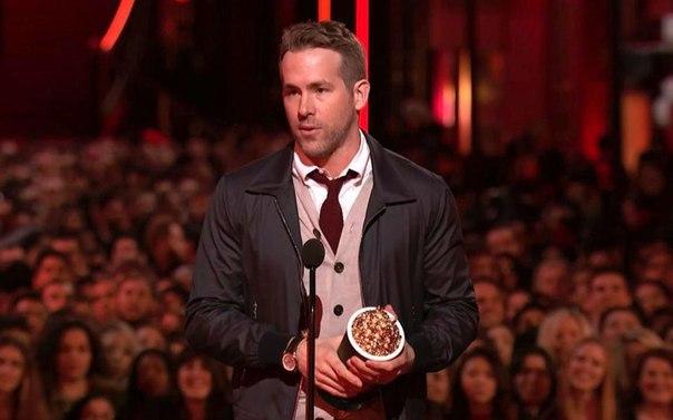 А теперь угадайте, кто получил награду лучшего актёра от MTV?