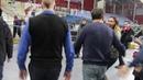выход Юрия Шевчука к поклонникам после концерта,Улан-Удэ, 10.12.18г.