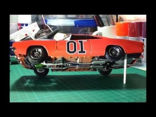 1969 Dodge Charger 1:25 Scale Model Kit - The General Lee