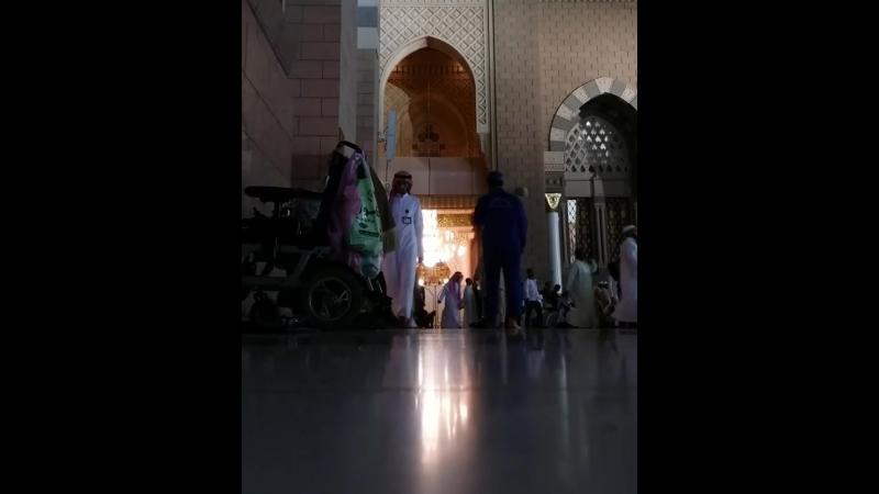 ' أشمّ رائحة رمضان ما أطيبها من رائحة وما أطيبه من شهر يغسل عنّا وحل الذنوب وقذر الخطايا ' اللهم بلغنا شهرك الفضيل ونح