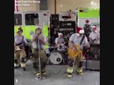 Jingle Bell Rock!! - Firefighters Miami-Dade Fire Rescue