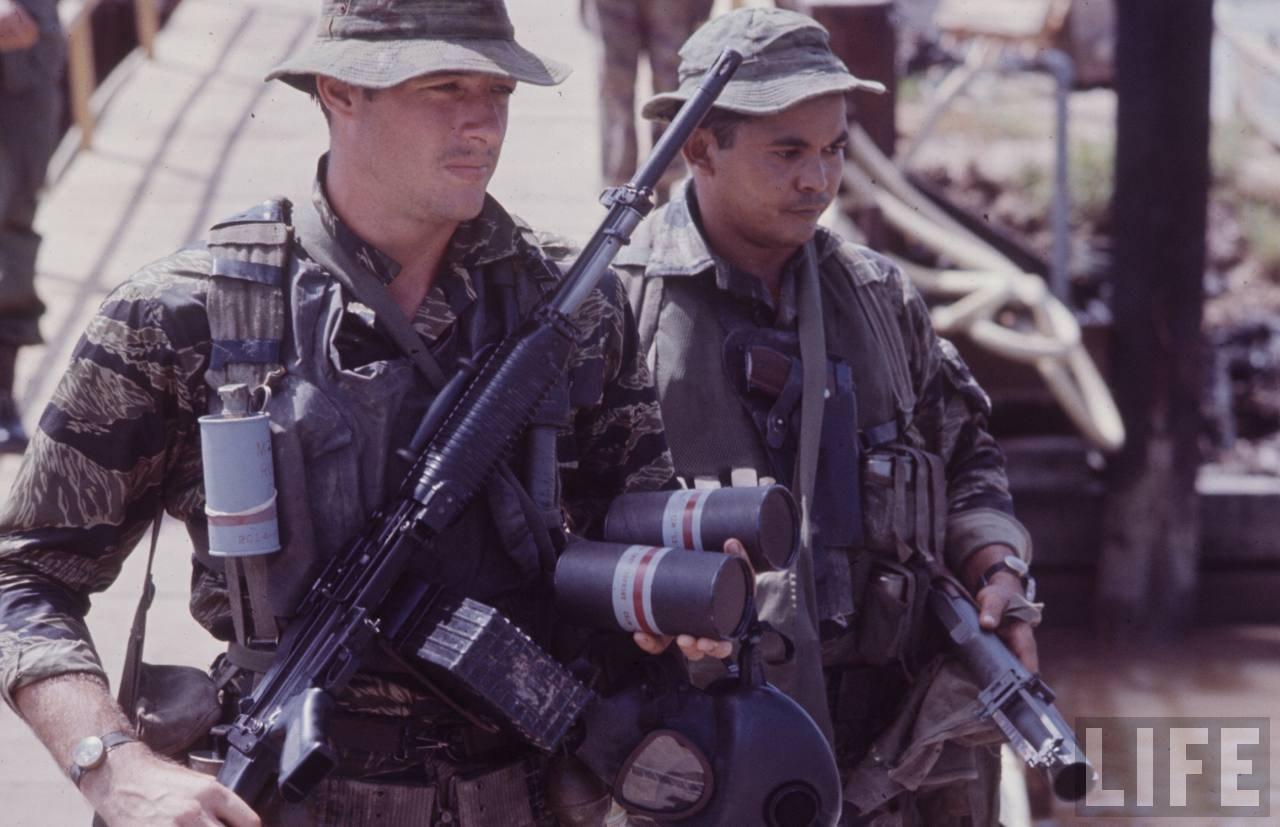 guerre du vietnam - Page 2 EhPVWOjsQCk