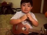 Ребенок поет песню Джастина Бибера