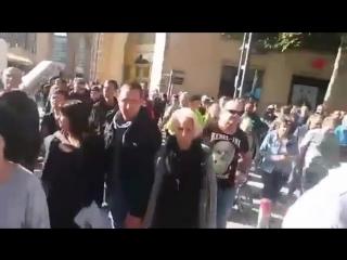 Spontane Protest Demo in Chemnitz nach Mord an Deutschen