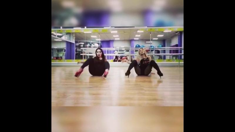 Strip Danceee 👠🔞🖤🖤💃💃