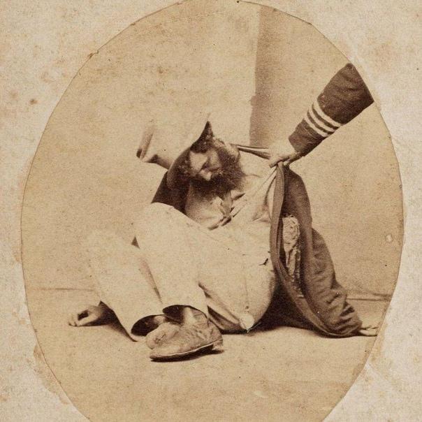 Постановочная съемка общества борьбы за трезвость. На фото пять стадий опьянения.Сидней. 1860г.