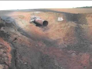Рятувальники ліквідували пожежу на полі, яка виникла внаслідок вибуху на газопроводі