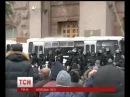 Попов не зрозумів пориву силовиків заблокувати вхід в КМДА = 12 грудня 2013 року