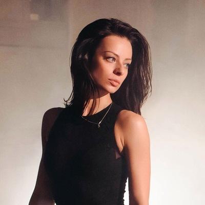 Ksenia Kroptova