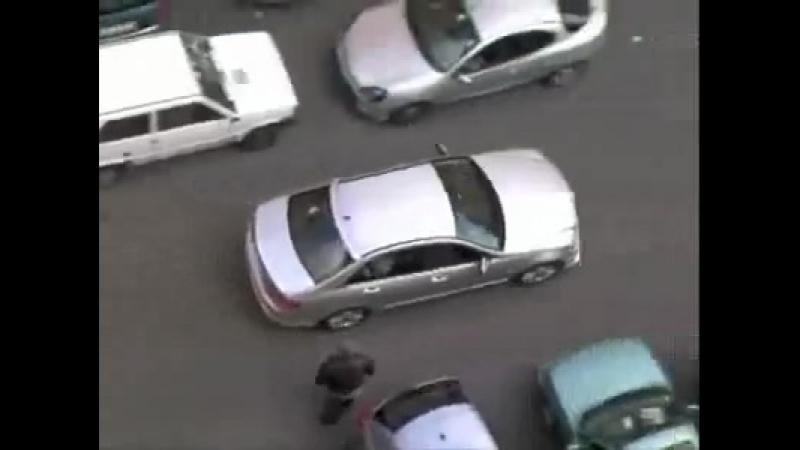 Осторожно блондинки за рулем