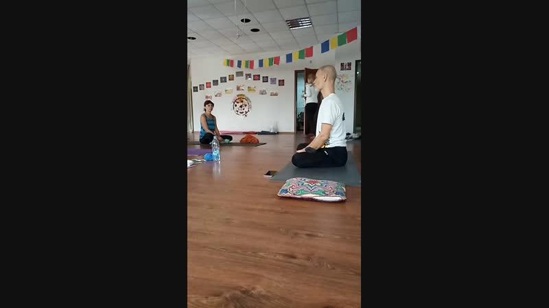 Хатха йога с Евгением Кошмаром 21 10 18