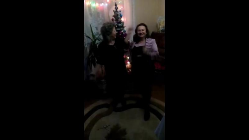Новый 2017 год, безудержное веселье с подружкой