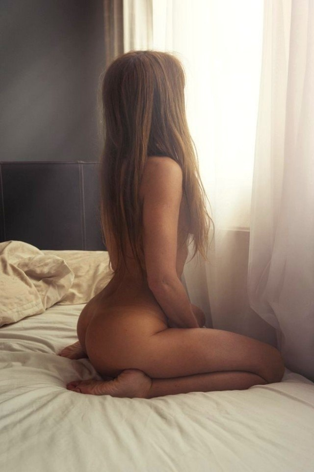 Bisexual female looking for couple