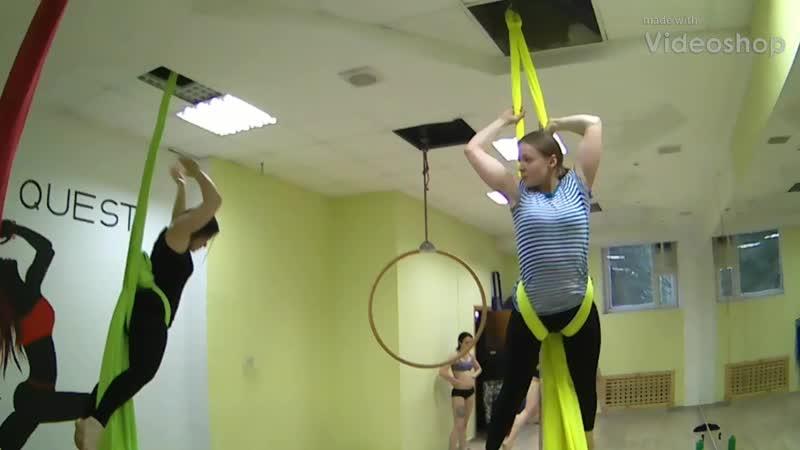 занятие по воздушной акробатике, полотна