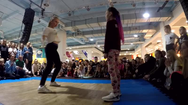 Козицкая Юлиана vs Неизвестно/Дэнсхолл/1 круг/Kids Battle (г. Самара 2018)