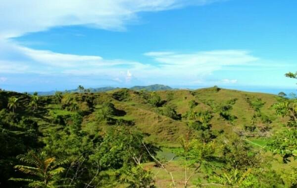Остров Сикихор: осколок Атлантиды и место заправки черных и белых колдунов Остров Сикихор удивителен тем, что считается, что на нем живет больше колдунов, чем обычных людей. Колдуны делятся на