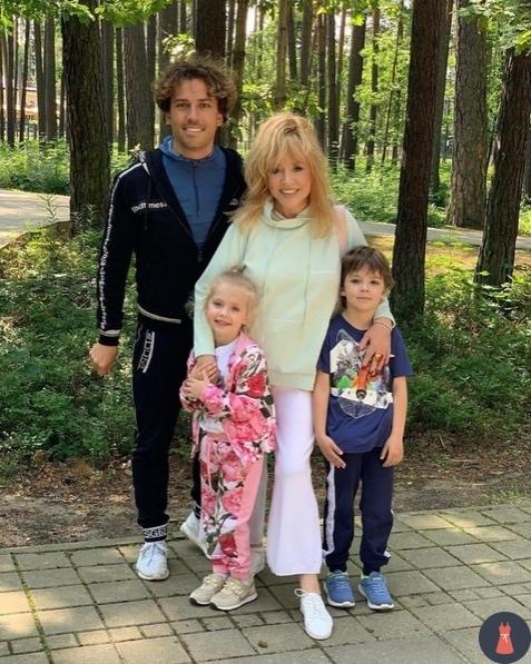 Счастливы вместе! Μаксим Γалкин и Алла Πугачева вместе уже 16 лет.