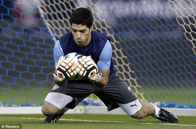 Товарищеский матч. Испания - Уругвай 3:1. Юбилей Пуйоля - изображение 1