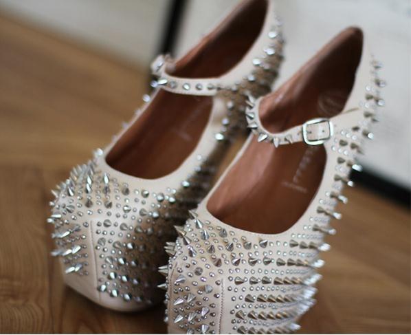 Красивые Туфли С Шипами