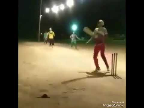 Ms Dhoni's Helicopter Shot by Pakistani Players | Daniyal Ali