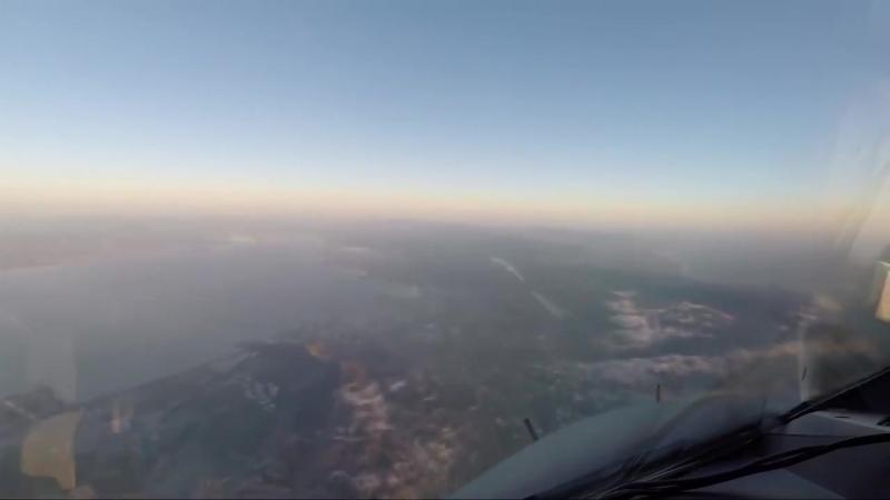 Полет из Лондона до Сан-Франциско занимает одиннадцать часов, но вы можете увидеть его всего за четыре минуты, причем из кабины