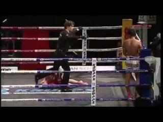 Комбинация: финт - удар коленом/ Тайский бокс - Муай Тай кикбоксинг. Родион Гор ( GOR-PRO ) : Тренировки в группе, Индивидуальные уроки по тайскому боксу