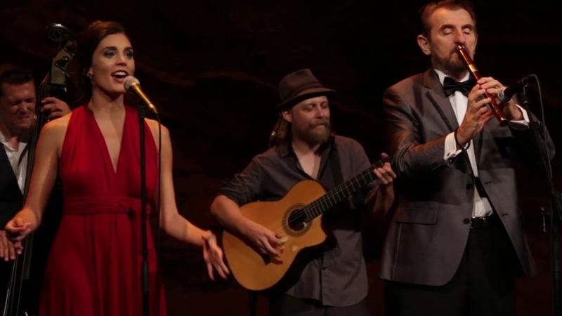 Običan Balkanski Dan - Barcelona Gipsy balKan Orchestra feat. Bora Dugić - Live at Teatre Grec