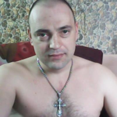 Роман Доманов