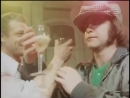 Elton John and Ray Cooper Played in Soviet restraunt (1979).avi