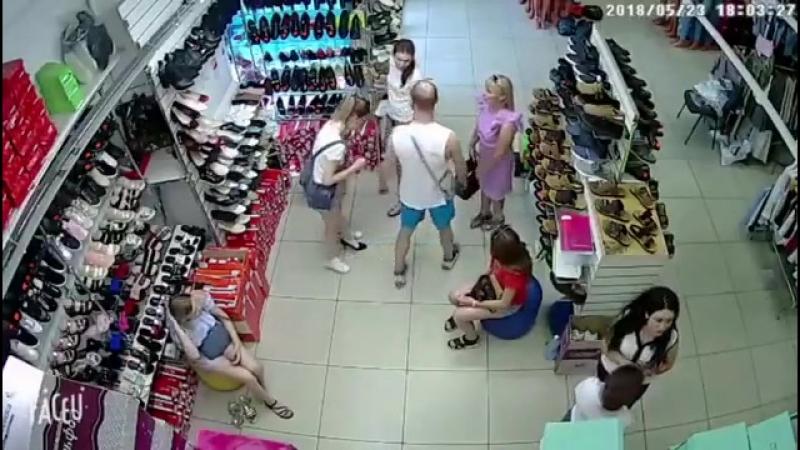 Избиение Девушки в Волгограде
