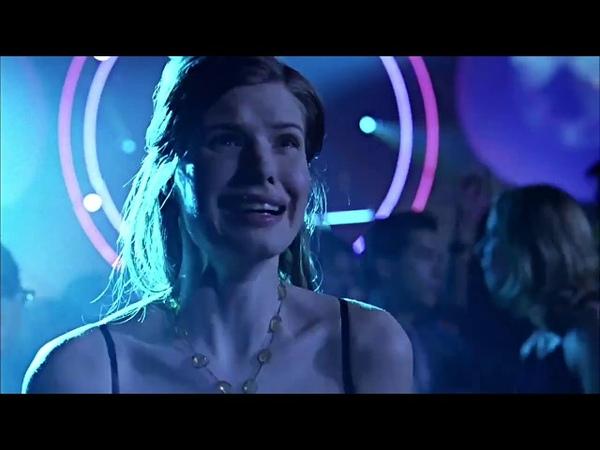 Smallville 1x14 Death at Club Zero
