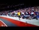 V Болт бег на 100 метров