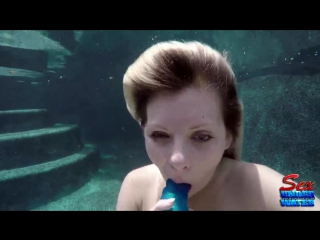 Alessandra Noir - Dildo Play