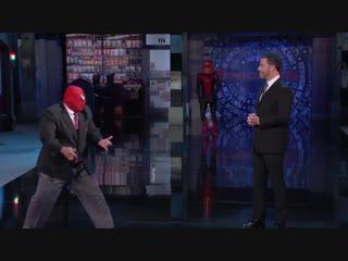 Том Холланд в новом костюме Человека-паука в шоу Джимми Киммела