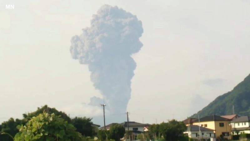 Sakurajima volcano eruption in Japan June 16, 2018 | 火山桜島の噴火
