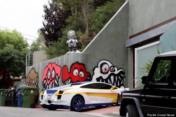 Крис Браун граффити 2013