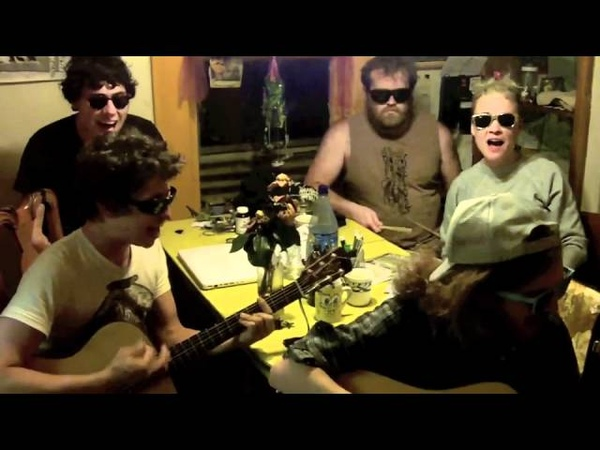 Onsind, Spoonboy, Erica Kevin (RVIVR) - STARSHIPS