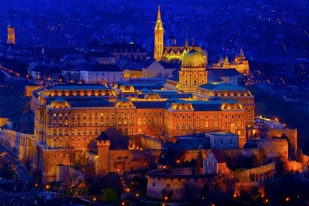 Фото: Серии - Ночной Будапешт, Венгрия